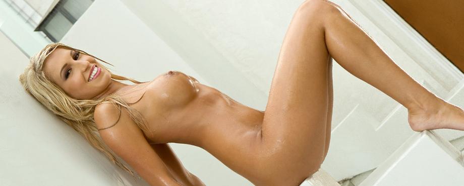 Samantha Jo